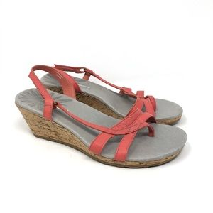 Patagonia coral wedged leather sandals Size 6.5